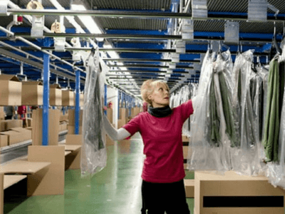 Работа на складе одежды teeal.pl