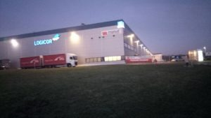 Производство гидравлических соединителей teeal.pl работа на заводе в Польше