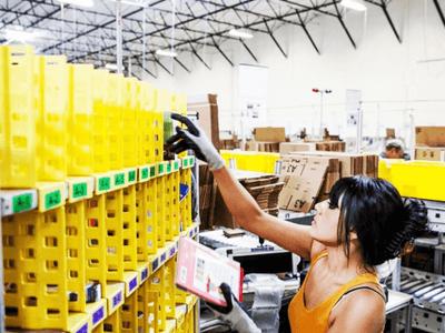 Работа на складе одежды, AMAZON