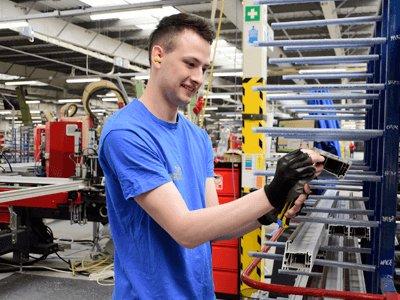 Упаковщик на производстве окон, EKO-OKNA (1)