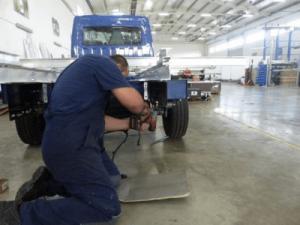 Монтаж элементов на служебные автомобили, GRUAU