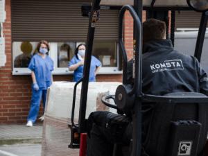 Работа на складе и работа при продукции окон и дверей, KOMSTA (ZEUS)